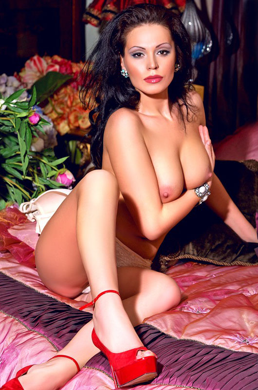 paris escort 75008